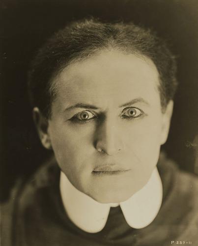 Houdini 1920