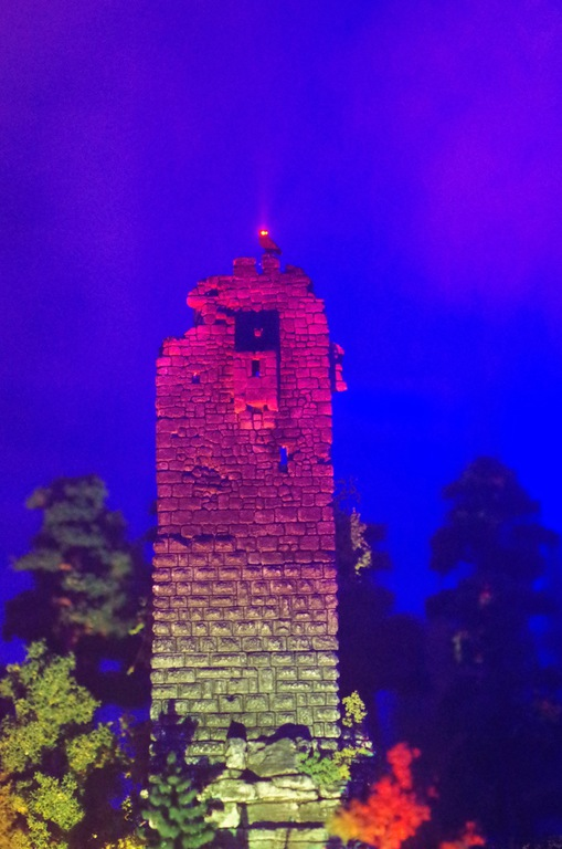 Die Ruine Heinrichsburg heute 2
